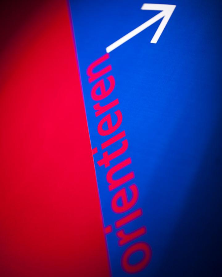 Projektgruppe Visuelle Kommunikation GmbH - Orientierungssysteme, Marken, Corporate Design, Print Design, Publishing, Editorial Design, Digitale Medien