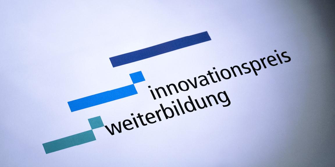 Innovationspreis Weiterbildung - Logoentwicklung