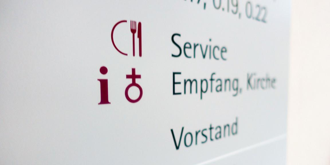 projektgruppe-orientierungssysteme-diakonissenanstalt-stuttgart-04